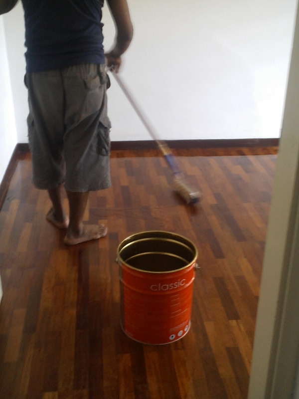 2' x 10' flooring - applying timber coat (Satin)