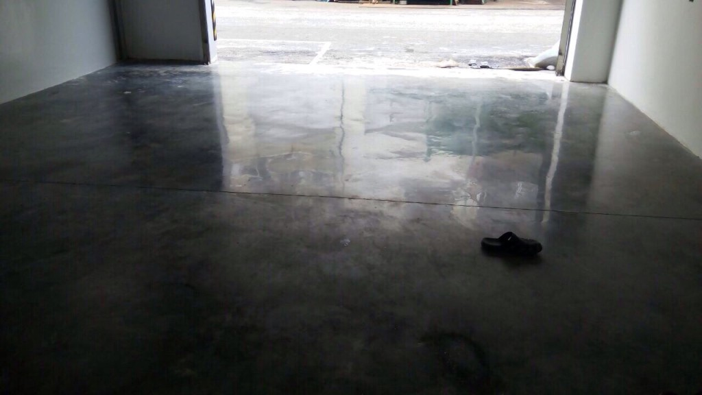 Cement Floor Polishing with ChemTec One