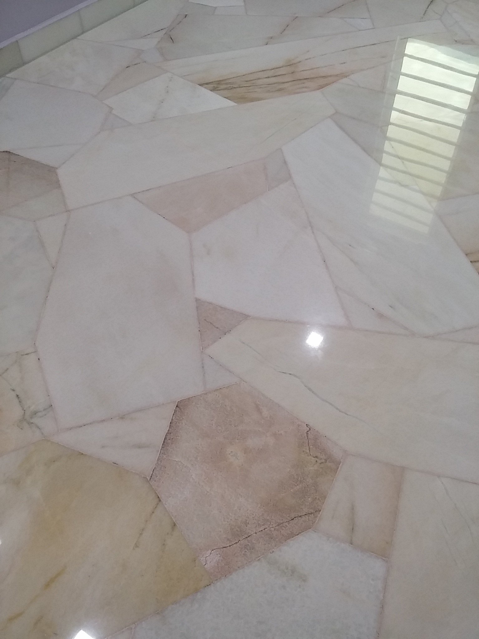Broken Marble Polishing